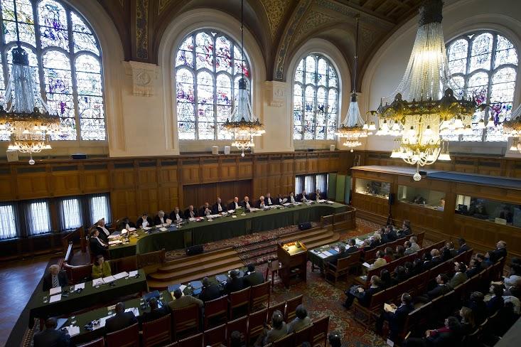 国際司法裁判所 - 戦争を超えた世界 - を強化する。 。 。