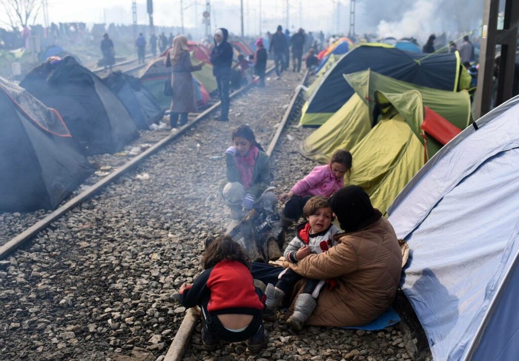 5 Refugee Camps in Mud on the Greek-Macedonia Border