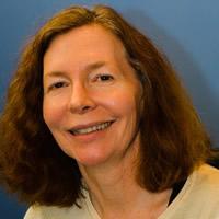 World Beyond War Organizer, Mary Dean