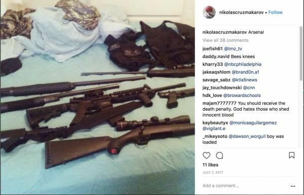 La arsenalo de Nic Cruz
