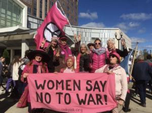 Los manifestantes - foto por Jodie Evans