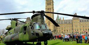 Helicóptero militar canadiense