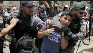 Israelisches Militär verhaftet palästinensische Kinder. Mintpress.com