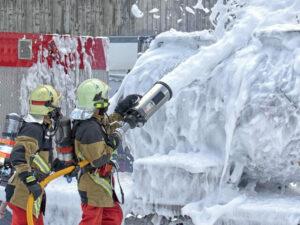 El uso de espumas contra incendios con PFAS nos está enfermando.