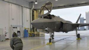 F-35 en la base de la fuerza aérea de Ghedi