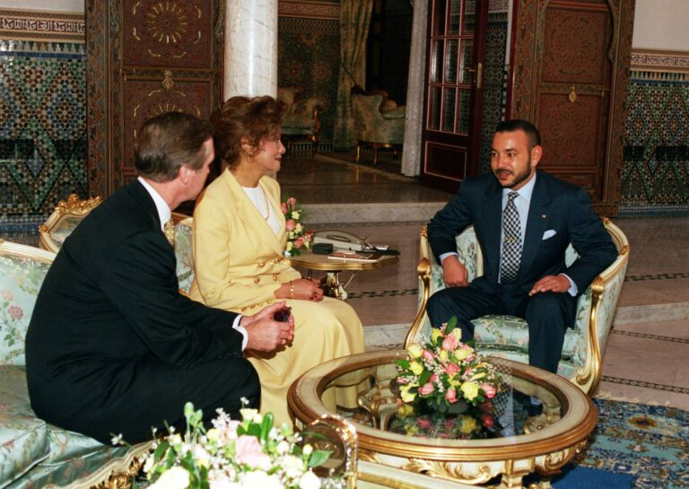 Secretary of Defense William S. Cohen and his wife Janet Langhart Cohen meet with King Mohammed VI, of Morocco, at his palace in Marrakech, on Feb. 11, 2000.