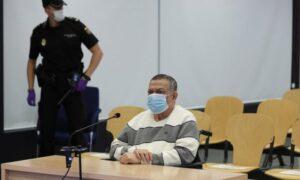 Inocente Orlando Montano vor Gericht in Madrid im Juni. Er gab zu, Mitglied von La Tandona zu sein, einer Gruppe korrupter hochrangiger Offiziere, die an die Spitze der politischen und militärischen Elite von El Salvador aufgestiegen waren. Foto: Kiko Huesca / AP